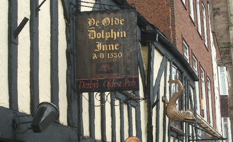 3488091-Front_signage_of_Ye_Olde_Dolphin_Derby